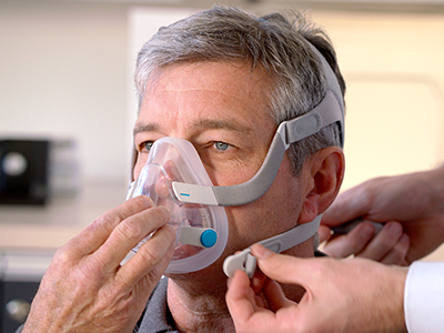 full-face-CPAP-mask-sleep-apnoea-patients-ResMed