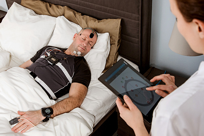 sleep-study-in-a-clinic-resmed